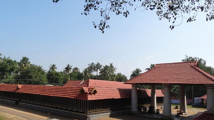 pilgrims in thrissur, places to visit in kerala, arattupuzha temple