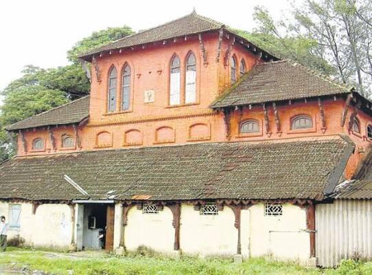 palaces in kollam, cheena kottaram