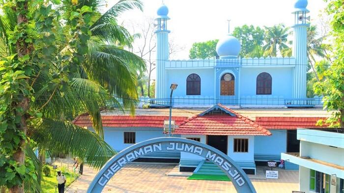 pilgrims in thrissur, places to visit in kerala, cheraman juma masjid