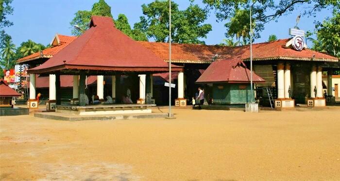 pilgrims in alappuzha, chettikulangara temple