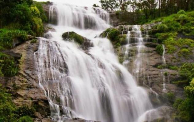 waterfalls in idukki, places to visit in kerala, chinnakanal waterfalls