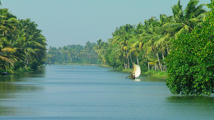 tourist places in alappuzha, places to visit in kerala, kuttanad backwaters, backwaters in alleppey