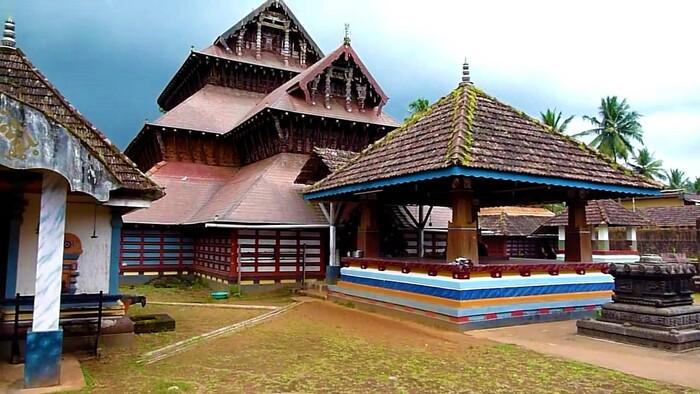 pilgrims in kasaragod, places to visit in kerala, Kasaragod tourist places, mallikarjuna temple