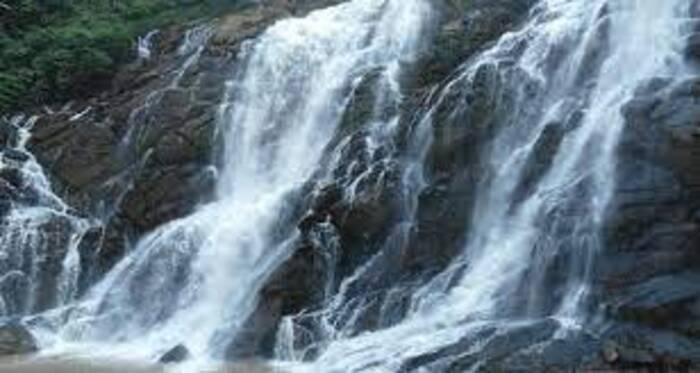 waterfalls in Wayanad, places to visit in kerala, palchuram waterfalls