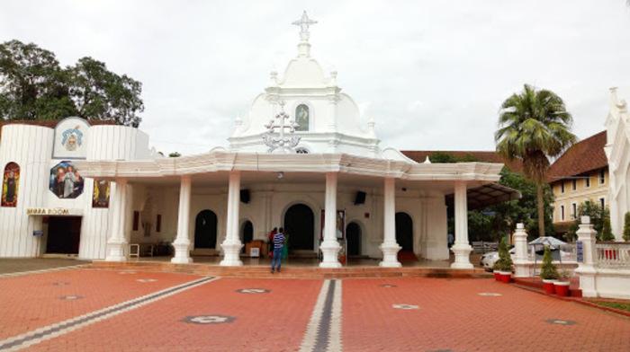 pilgrims in kottayam, saint chavara, places to visit in kerala