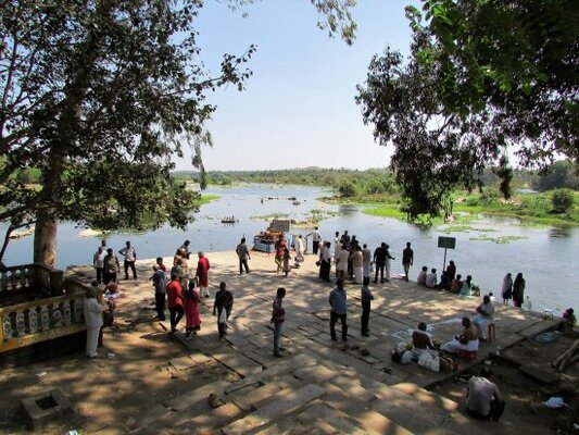 tourist places in pathanamthitta, thriveni sangamam