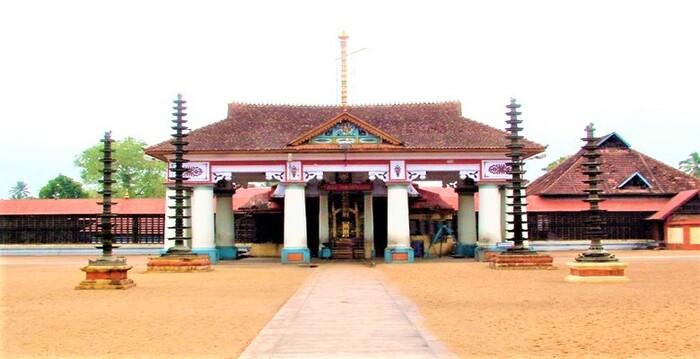 pilgrims in kottayam, vaikom mahadeva temple