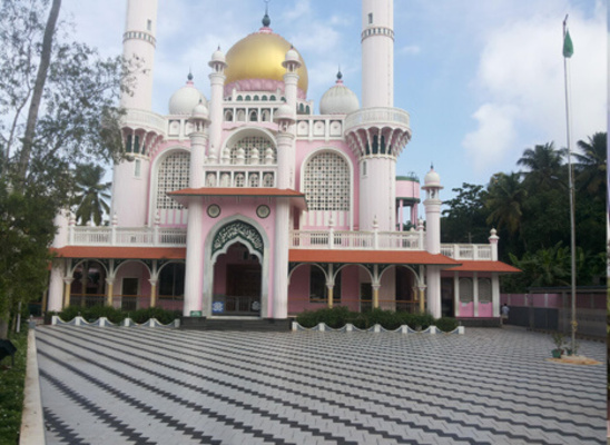 pilgrims in Wayanad, varambetta mosque