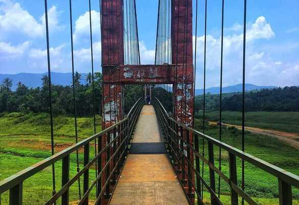 tourist places in idukki, places to visit in kerala, ayyapancoil bridge