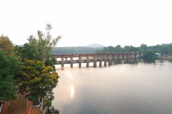 backwaters in kochi, places to visit in kerala, bhoothathankettu dam