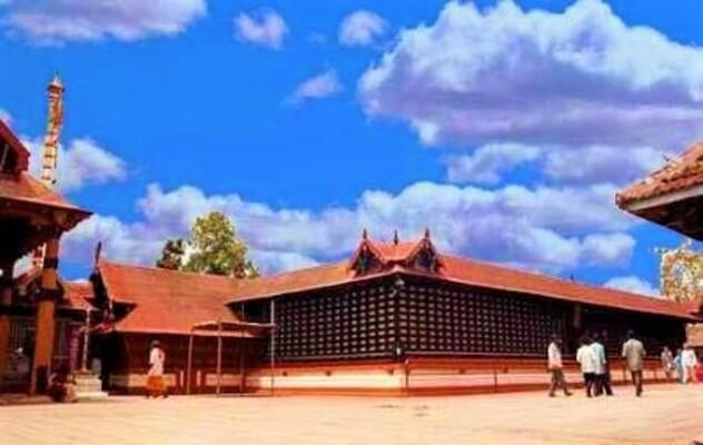 pilgrims in ernakulam, chottanikkara temple