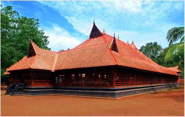 tourist places in thrissur, places to visit in kerala, kerala kalamandalam