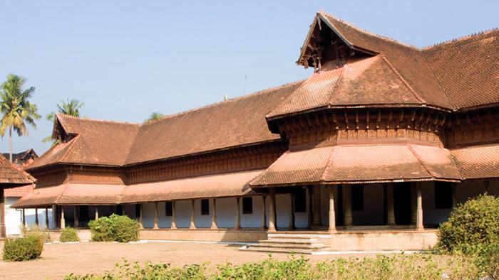 tourist places in trivandrum, kuthiramalika palace