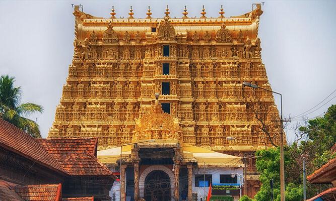 pilgrims in thrivandrum, sree padmanabha swamy temple, places to visit in trivandrum