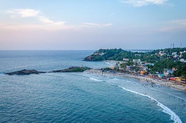 beaches in trivandrum, vizhinjam beach,places to visit in kerala
